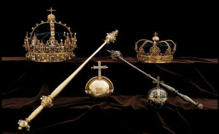 Swedish crown jewels stolen from cathedral in daring speedboat heist