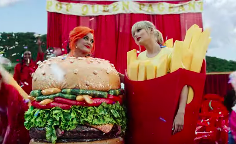 "Katy Perry e Taylor Swift nel video di ""You Need to Calm Down"" (Youtube)"