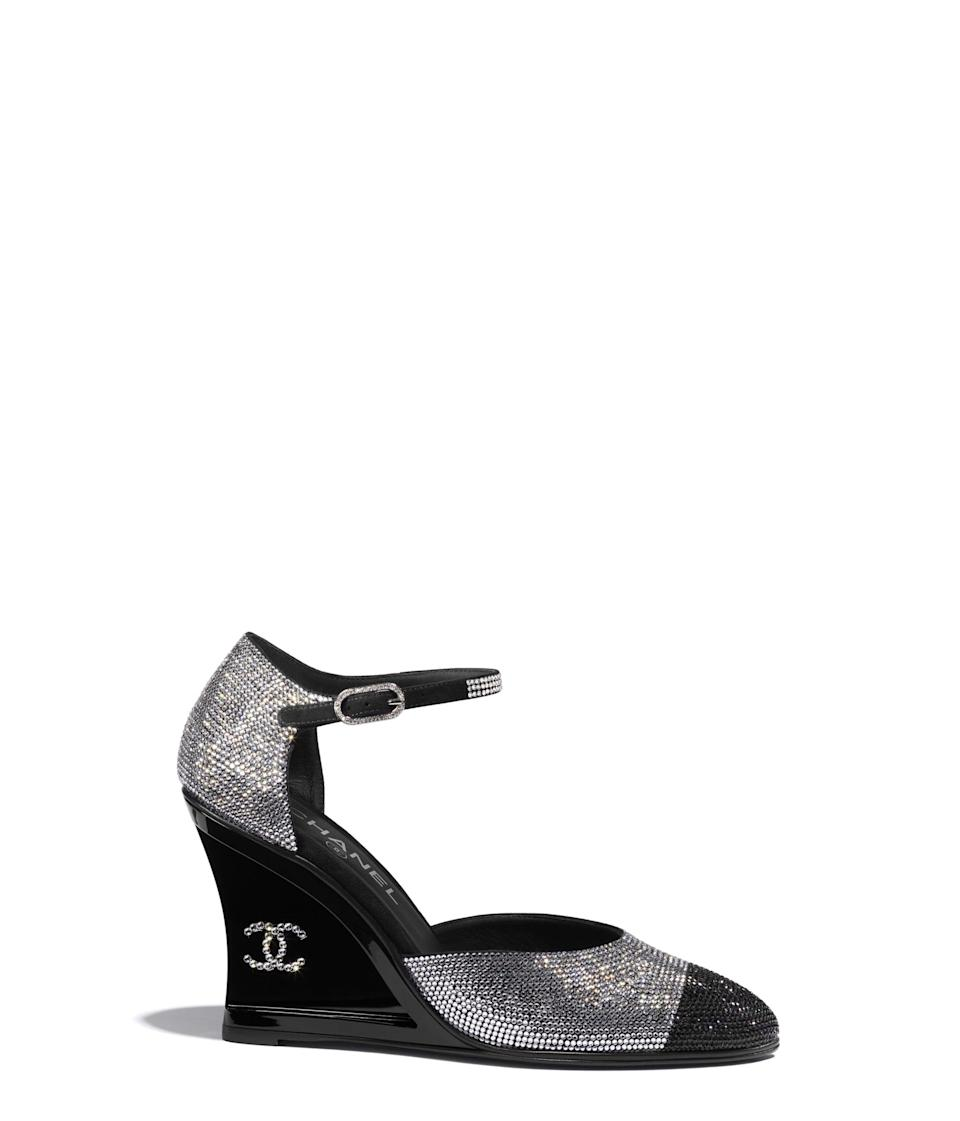 """<p><strong>Chanel</strong></p><p>chanel.com</p><p><strong>$2700.00</strong></p><p><a href=""""https://go.redirectingat.com?id=74968X1596630&url=https%3A%2F%2Fwww.chanel.com%2Fus%2Ffashion%2Fp%2FG37869X56198K2984%2Fopen-shoes-strass%2F&sref=https%3A%2F%2Fwww.harpersbazaar.com%2Ffashion%2Ftrends%2Fg35556071%2Ffall-2021-shoe-trends%2F"""" rel=""""nofollow noopener"""" target=""""_blank"""" data-ylk=""""slk:Shop Now"""" class=""""link rapid-noclick-resp"""">Shop Now</a></p><p>Take a note from the revival of Y2k and upgrade your pretty pumps with embellishments. This iconic shoe was the main character on the Chanel runway and will also take on that role in your closet.</p>"""