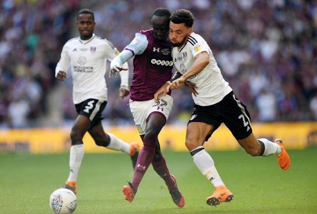Ryan Fredericks will be West Ham's first signing under Manuel Pellegrini as Fulham defender agrees four-year deal