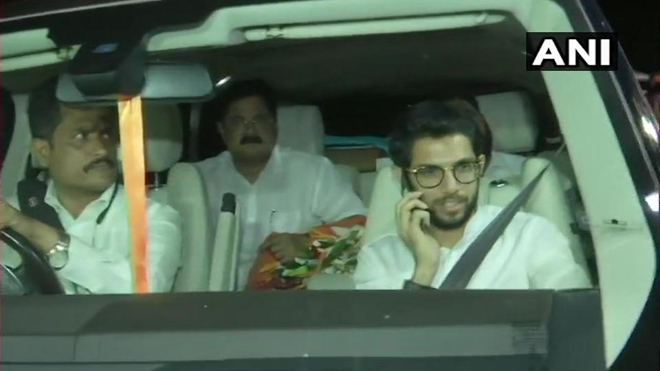 Aaditya Thackeray reaches Raj Bhawan.