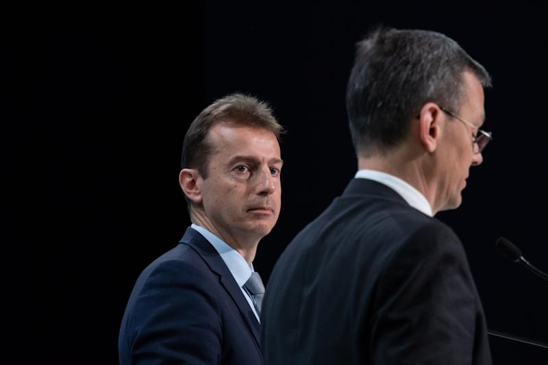 Guillaume Faury, chief executive officer of Airbus SE, sits beside Dominik Asam, chief financial officer of Airbus SE, during a full year earnings news conference in Toulouse, France, on Thursday, Feb. 13, 2020. Photo: Balint Porneczi/Bloomberg