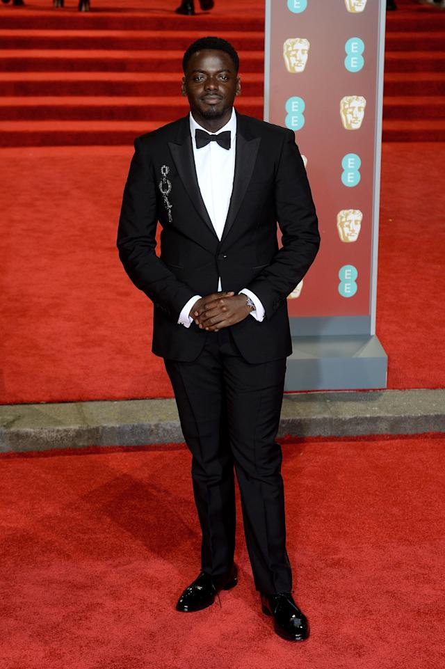 <p>The Oscar-nominated actor was dapper in a black tux. <em>[Photo: Getty]</em> </p>