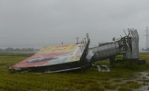 Three dead as Typhoon Doksuri lashes central Vietnam