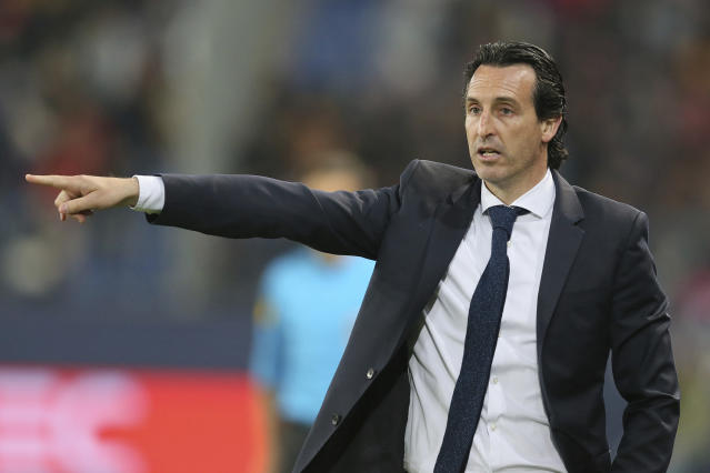 PSG head coach Unai Emery gives directions to his team during his League One soccer match between Caen and Paris Saint-Germain at the Michel d'Ornano stadium in Caen, western France, Saturday, May 19, 2018. This is his last match with the PSG team. German coach Thomas Tuchel will replace him for the next season. (AP Photo/David Vincent)