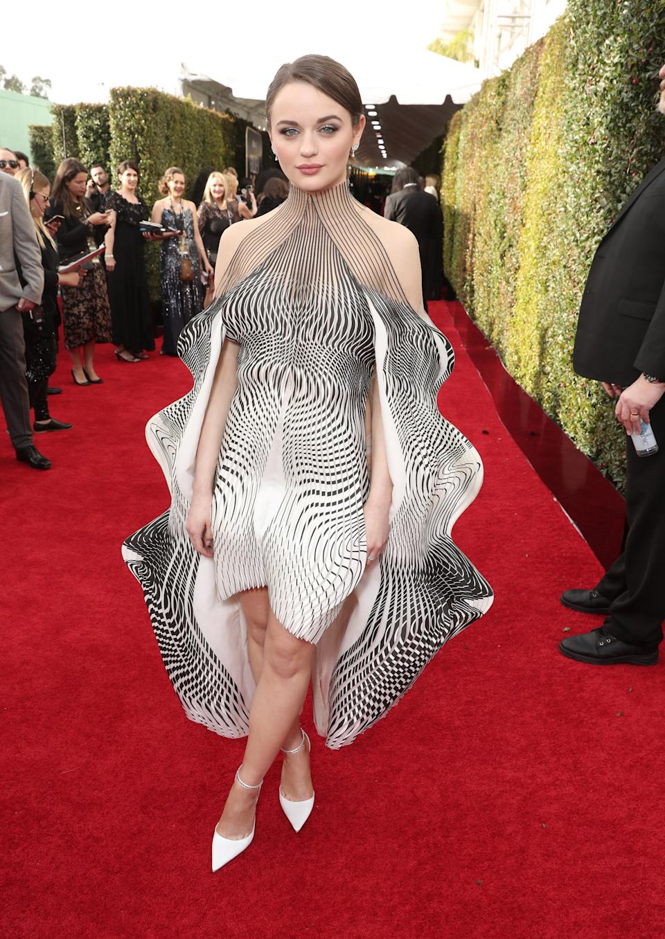 "<h1 class=""title"">Joey King in Iris van Herpen and Jimmy Choo shoes</h1><cite class=""credit"">Photo: Getty Images</cite>"