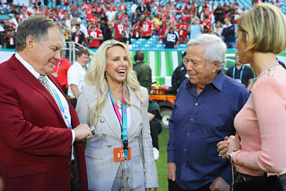 (L-R) Head coach Bill Belichick of the New England Patriots, Linda Holliday and New England Patriots owner Robert Kraft look on prior to Super Bowl LIV between the San Francisco 49ers and the Kansas City Chiefs at Hard Rock Stadium on February 02, 2020 in Miami, Florida. (Photo by Maddie Meyer/Getty Images)