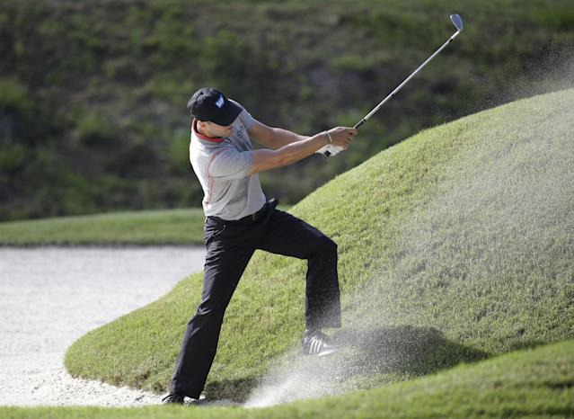 Martin Kaymer of Germany, hits from a sixth hole bunker during the second round of The Players championship golf tournament at TPC Sawgrass, Friday, May 9, 2014 in Ponte Vedra Beach, Fla. (AP Photo/Lynne Sladky)
