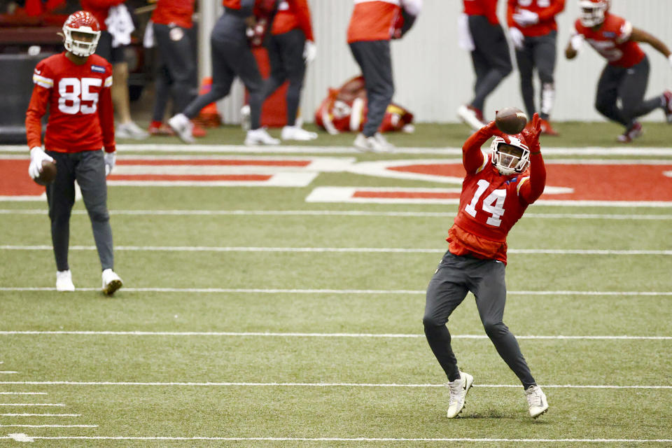 Kansas City Chiefs Wide Receiver Sammy Watkins (14) catches a pass during NFL football practice Thursday, Feb. 4, 2021, in Kansas City, Mo. The Chiefs will face the Tampa Bay Buccaneers in Super Bowl 55. (Steve Sanders/Kansas City Chiefs via AP)