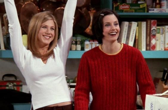 Monica pictured wearing an embellished hair clip. (Friends/Warner Bros Television)