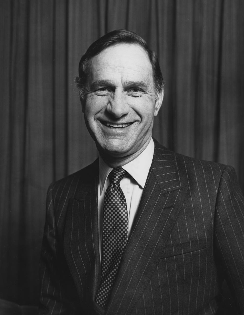 Promotional portrait of actor Geoffrey Palmer for the television show 'The Last Song', January 1983. First Printed in Radio Times issue 3092, page 19, February 10th 1983. (Photo by Tim Roney/Radio Times/Getty Images)