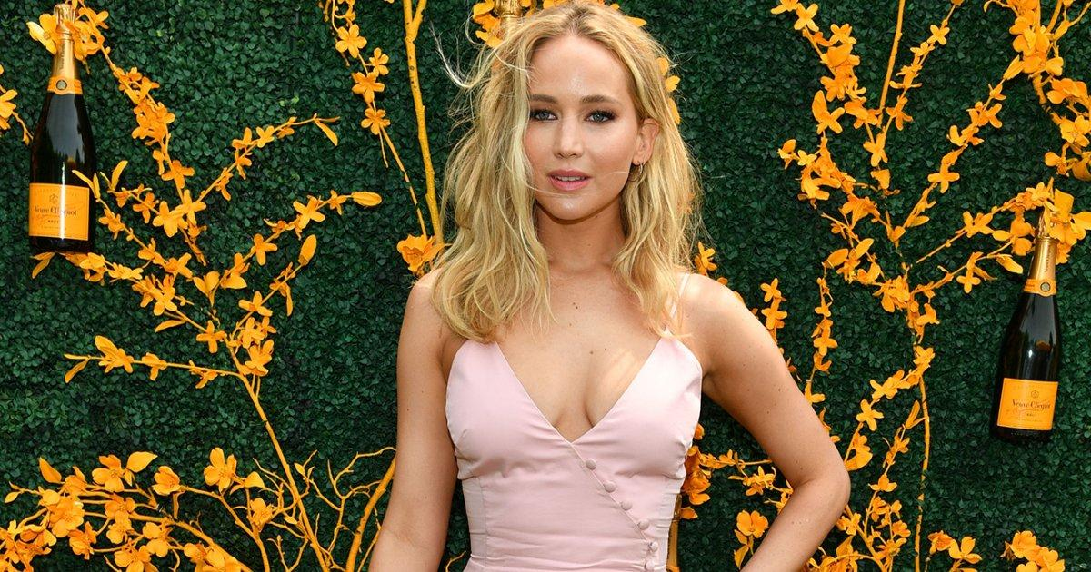 Jennifer Lawrence Is a Bride-to-Be, Plus Mindy Kaling, Christina Aguilera & More