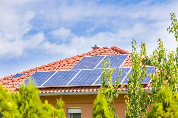 CH_The Pros and Cons of Solar Panels for Houses in Malaysia - 2