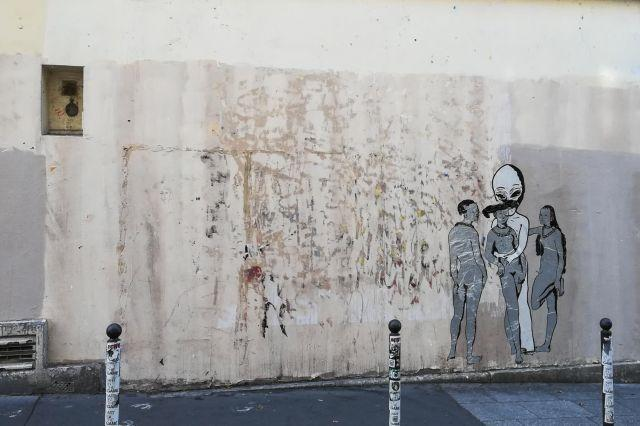 Banksy work stolen from outside Pompidou Centre in Paris