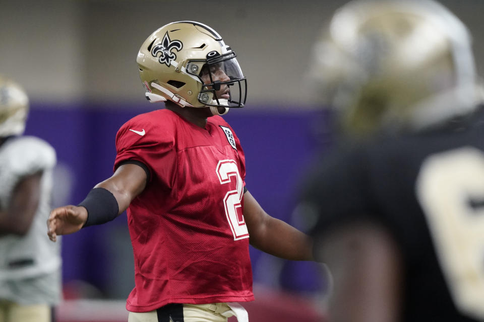 New Orleans Saints quarterback Jameis Winston (2) stretches during NFL football practice in Fort Worth, Texas, Wednesday, Sept. 15, 2021. (AP Photo/LM Otero)