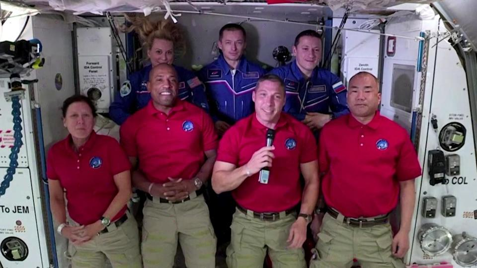 NASA's first official commercial spaceflight crew arrives at Int'l Space Station