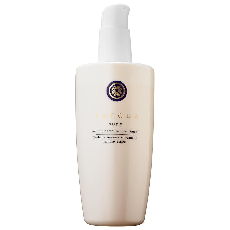 "<p><strong>Tatcha</strong></p><p>sephora.com</p><p><strong>$48.00</strong></p><p><a href=""https://go.redirectingat.com?id=74968X1596630&url=https%3A%2F%2Fwww.sephora.com%2Fproduct%2Fpure-one-step-camellia-cleansing-oil-P392235&sref=https%3A%2F%2Fwww.harpersbazaar.com%2Fbeauty%2Fskin-care%2Fg34533931%2Fbest-face-wash-for-dry-skin%2F"" rel=""nofollow noopener"" target=""_blank"" data-ylk=""slk:Shop Now"" class=""link rapid-noclick-resp"">Shop Now</a></p>"