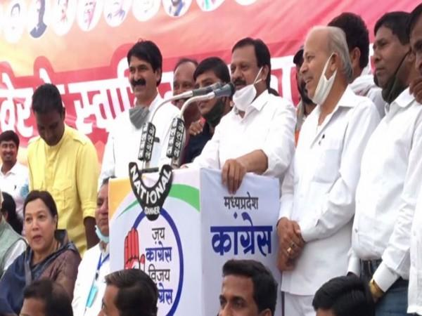 Congress leader Sajjan Singh Verma addressing a public meeting in Indore on Thursday. [Photo/ANI]