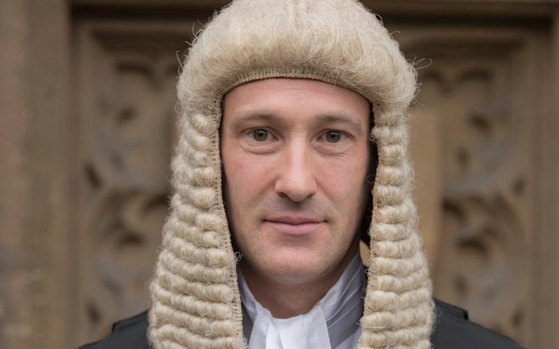 Oliver Glasgow QC helped police restrain a man in the courtroom - B21