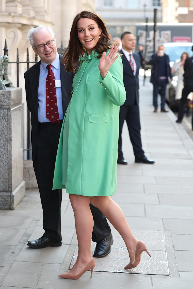 Pregnant Duchess of Cambridge dresses for spring in London