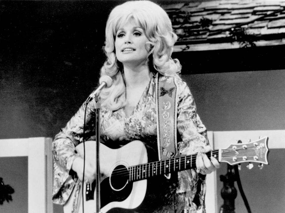 Dolly Parton in 1974