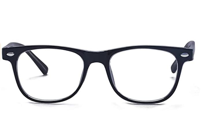 """These <a href=""""https://amzn.to/32NcIu7"""" rel=""""nofollow noopener"""" target=""""_blank"""" data-ylk=""""slk:kids computer glasses"""" class=""""link rapid-noclick-resp"""">kids computer glasses</a> are available in five colors. Find them for $14 on <a href=""""https://amzn.to/32NcIu7"""" rel=""""nofollow noopener"""" target=""""_blank"""" data-ylk=""""slk:Amazon"""" class=""""link rapid-noclick-resp"""">Amazon</a>."""