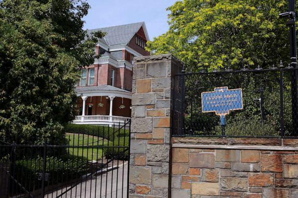 The New York State Executive Mansion, the state governor's residence, is seen after an independent inquiry showed that New York Governor Andrew Cuomo sexually harassed multiple women and violated federal and state laws, in Albany, N.Y., Aug. 3, 2021. (Patrick Dodson/Reuters)