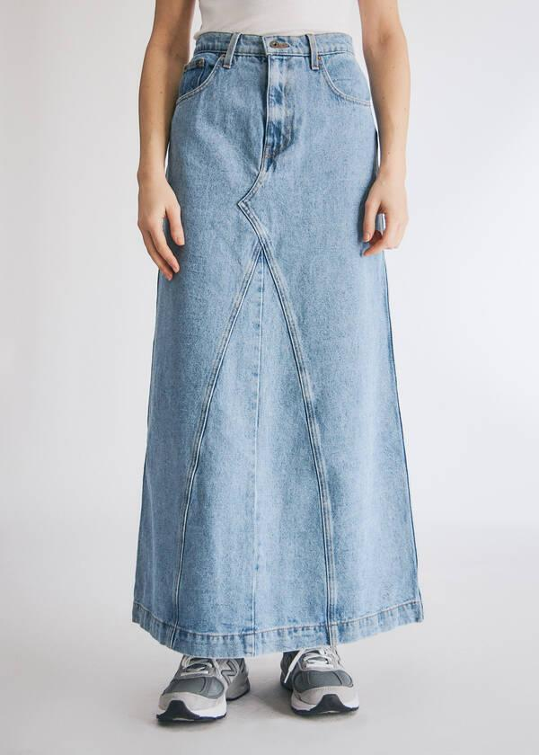 "<br> <br> <strong>Nanushka</strong> Mae Long Denim Skirt, $, available at <a href=""https://go.skimresources.com/?id=30283X879131&url=https%3A%2F%2Fneedsupply.com%2Fmae-long-denim-skirt%2FW108368.html%23%26gid%3D1%26pid%3D1"" rel=""nofollow noopener"" target=""_blank"" data-ylk=""slk:Need Supply"" class=""link rapid-noclick-resp"">Need Supply</a>"
