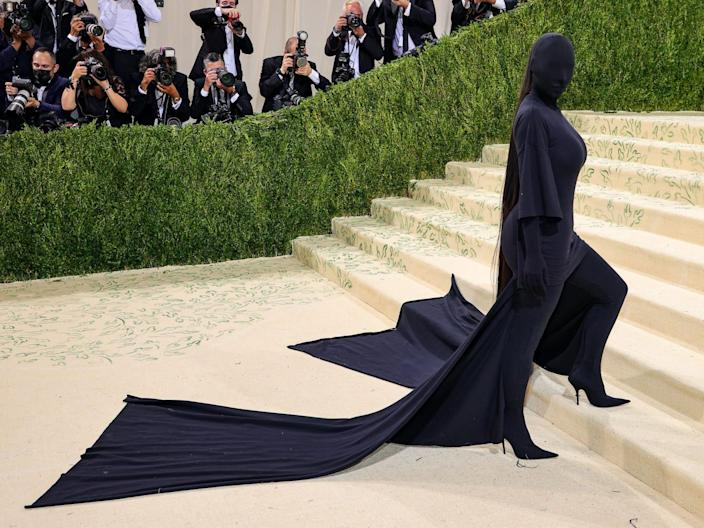 Kim Kardashian's faceless outfit at the Met Gala has everyone talking.  Here are the best memes people make out of her look.