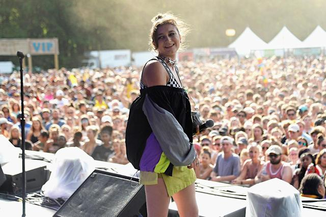 <p>Daya performs onstage during the 2017 Firefly Music Festival on June 17, 2017 in Dover, Delaware. (Photo by Kevin Mazur/Getty Images for Firefly) </p>