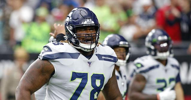 Century Links 10/18: Seahawks See 2 Key Players Return to Practice