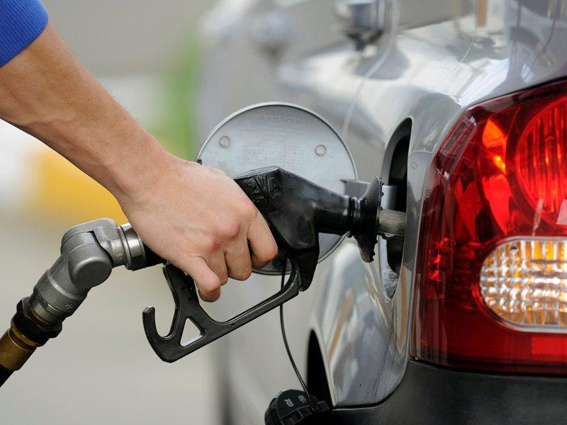 Experts see higher fuel prices for drivers