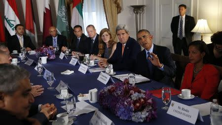 U.S. President Obama meets in New York with representatives of Arab nations that contributed in air strikes against Islamic State targets in Syria