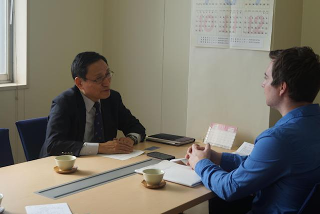 <p>Tatsujiro Suzuki, the director of the Research Center for Nuclear Weapons Abolition (RECNA) at Nagasaki University, talks to Michael Walsh of Yahoo News€™. (Photo: Michael Walsh/Yahoo News) </p>