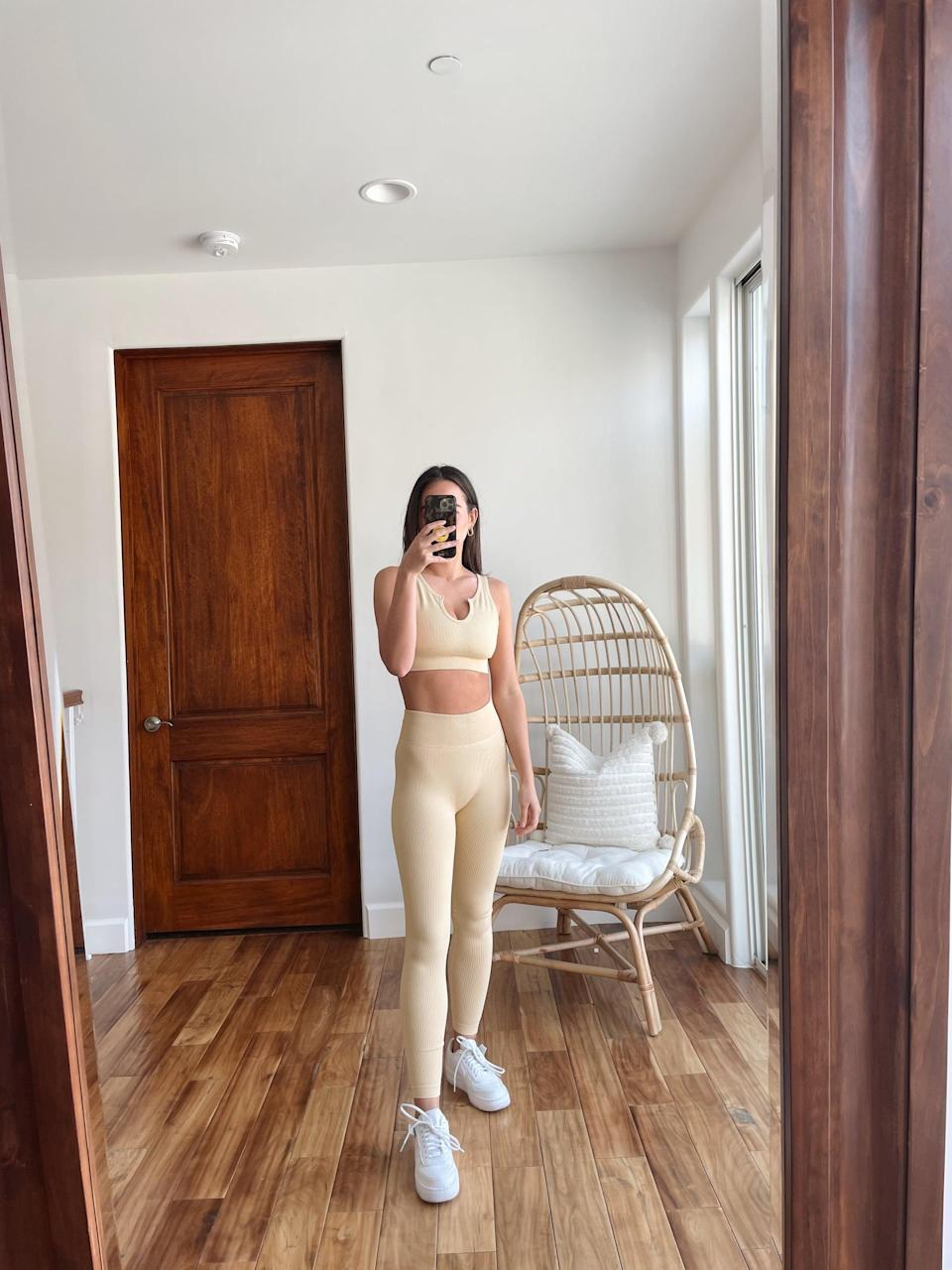 <p>I found this beige-colored <span>Beaufident Women's Workout Set</span> ($27) to be ultrachic, and I think it looks great no matter where you wear it. It's the perfect outfit for perusing the farmers' market or doing a sweaty workout. This outfit can do it all, no matter the occasion! </p>