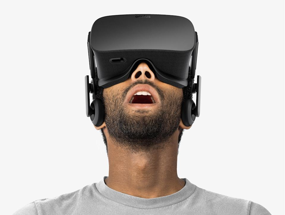 Interested in buying a virtual reality headset for the holidays? Our guide will give you all the answers you need.
