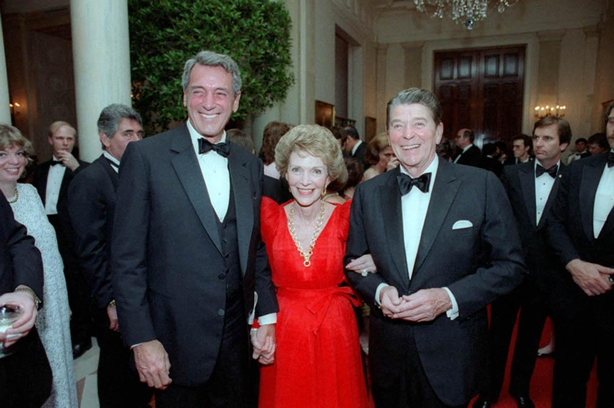 Rock Hudson with Nancy Reagan and President Ronald Reagan at a state dinner in 1984, one year before the actor died of AIDS. (Photo: Everett Collection)