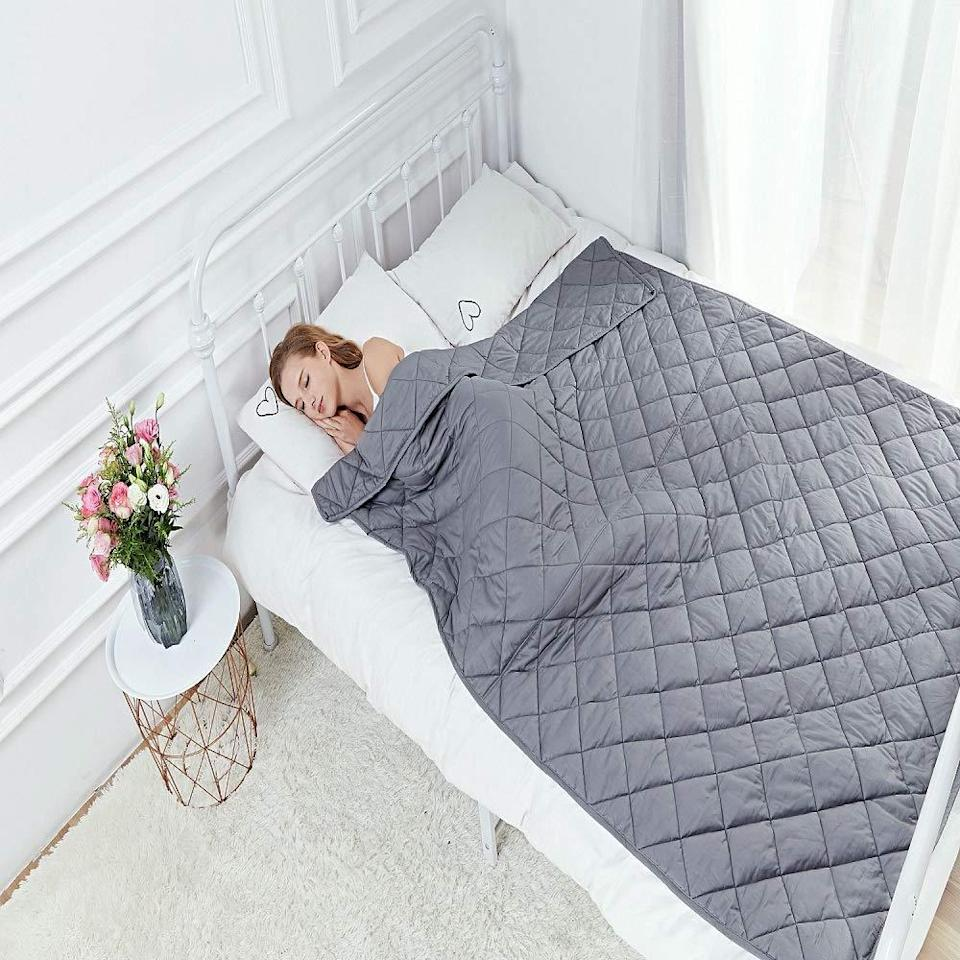 """<h2>Hypnoser Weighted Blanket</h2><br><br><strong>Hypnoser</strong> Hypnoser Weighted Blanket, $, available at <a href=""""https://amzn.to/3nOx1PG"""" rel=""""nofollow noopener"""" target=""""_blank"""" data-ylk=""""slk:Amazon"""" class=""""link rapid-noclick-resp"""">Amazon</a>"""