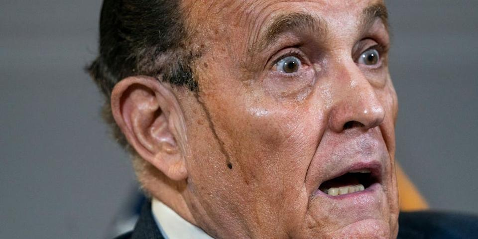 rudy giuliani sweat