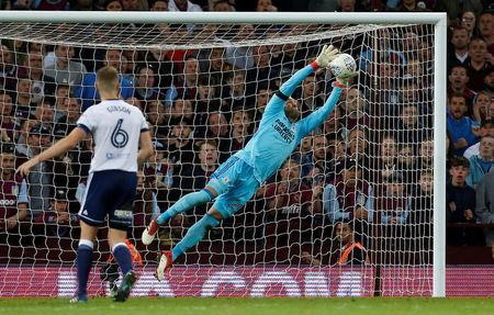 Soccer Football - Championship Play Off Semi Final Second Leg - Aston Villa v Middlesbrough - Villa Park, Birmingham, Britain - May 15, 2018 Middlesbrough's Darren Randolph makes a save Action Images via Reuters/Ed Sykes