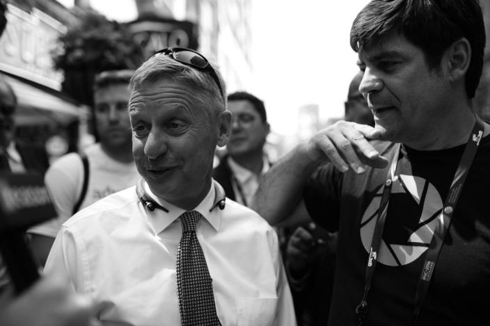 <p>Libertarian Candidate Gary Johnson is interviewed in Cleveland. (Photo: Khue Bui for Yahoo News)</p>