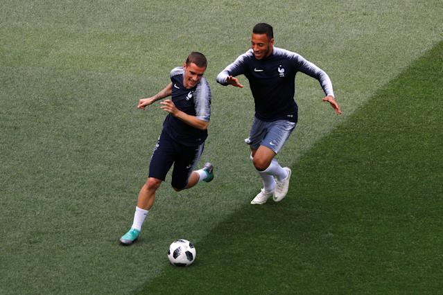 Soccer Football - World Cup - France Training - Luzhniki Stadium, Moscow, Russia - June 25, 2018 France's Antoine Griezmann and Corentin Tolisso during training REUTERS/Kai Pfaffenbach