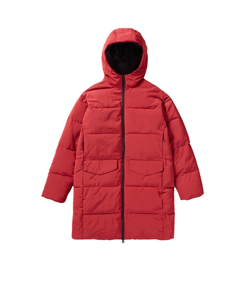"<p>Everlane Long Puffer Jacket, $168, <a rel=""nofollow"" href=""https://www.everlane.com/products/womens-long-puffer-jacket-ruby?collection=womens-outerwear"">everlane.com</a><br /> (Data: Long Tall Sally, Instagram) </p>"