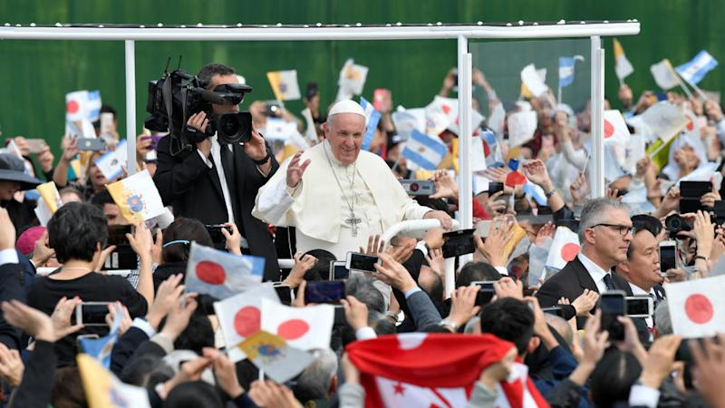 In Hiroshima, Pope Francis denounces atomic bombs as 'immoral'