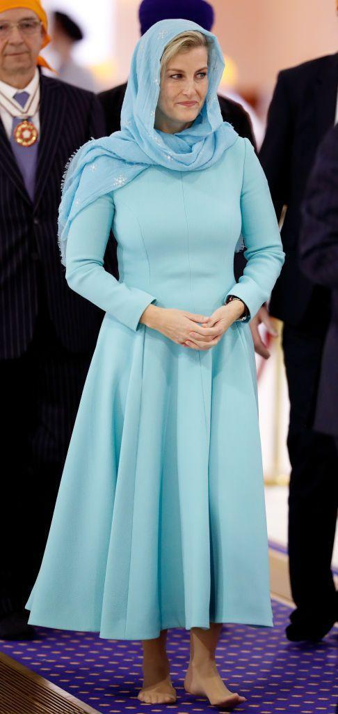 <p>Sophie, the Countess of Wessex, wore a long sleeve tiffany blue dress and matching headscarf to visit the Sri Guru Singh Sabha Southall Gurdwara with Prince Edward. </p>