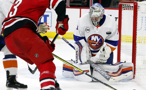 "<a class=""link rapid-noclick-resp"" href=""/nhl/players/3936/"" data-ylk=""slk:Thomas Greiss"">Thomas Greiss</a> seems to have left his bad history behind him this season. (AP Photo/Karl B DeBlaker)"