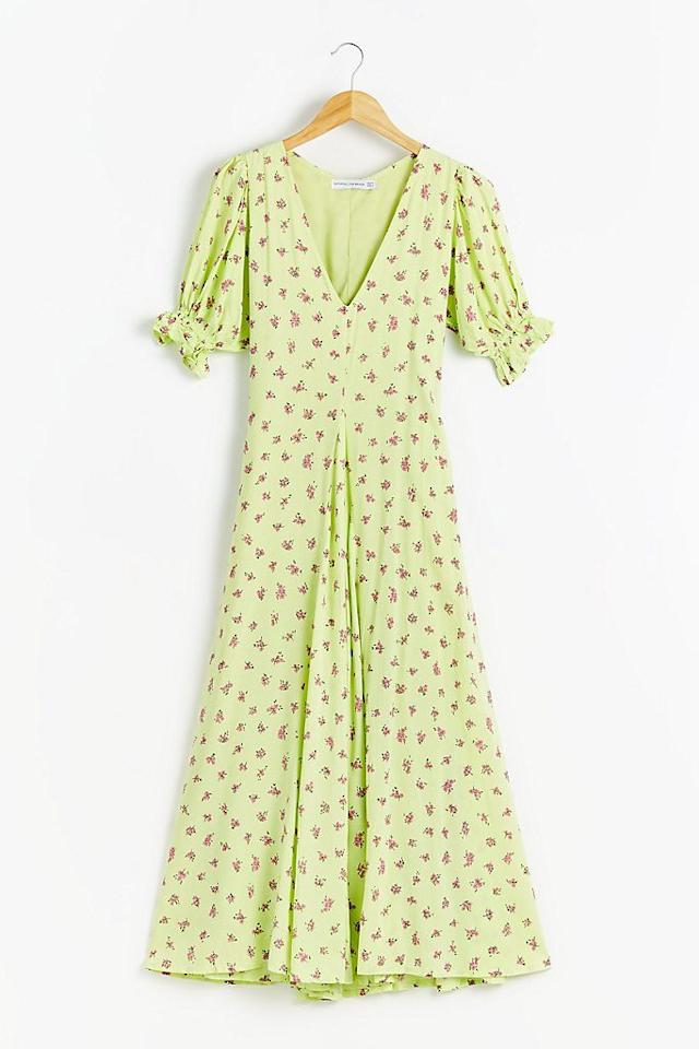"""<p><a class=""""body-btn-link"""" href=""""https://go.redirectingat.com?id=127X1599956&url=https%3A%2F%2Fwww.anthropologie.com%2Fen-gb%2Fshop%2Ffaithfull-the-brand-maggie-floral-print-dress2&sref=https%3A%2F%2Fwww.redonline.co.uk%2Ffashion%2Fshopping%2Fg33020843%2Fdesigner-dresses%2F"""" target=""""_blank"""">BUY NOW</a> <strong>£180, Anthropologie</strong></p><p>The Duchess-approved designer offers vintage silhouettes in ditsy prints. Its current collection 'Riviera' is full of sun-bleached pastels and whimsical tea dresses.</p><p><a class=""""body-btn-link"""" href=""""https://go.redirectingat.com?id=127X1599956&url=https%3A%2F%2Fwww.anthropologie.com%2Fen-gb%2Fbrands%2Ffaithfull-the-brand&sref=https%3A%2F%2Fwww.redonline.co.uk%2Ffashion%2Fshopping%2Fg33020843%2Fdesigner-dresses%2F"""" target=""""_blank"""">SHOP FAITHFULL THE BRAND HERE</a></p>"""