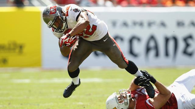 Bucs' Doug Martin 'laying in the weeds,' looking to sneak up on competition again