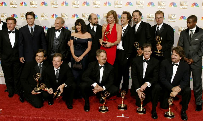 'West Wing' cast reuniting to boost turnout for U.S. elections