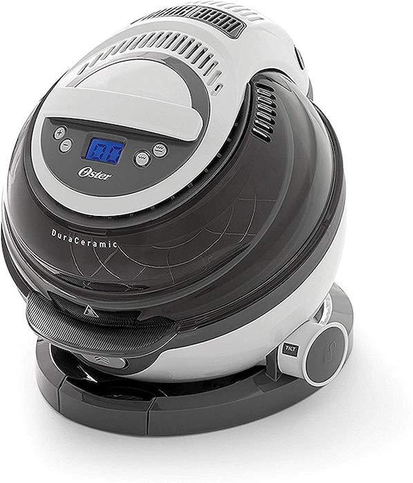 An LCD screen lets you monitor cook times and temperature. (Photo: Amazon)